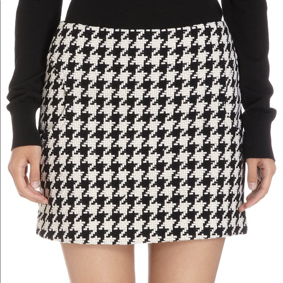 f794346c6 Lisa Perry Skirts | Houndstooth Skirt | Poshmark